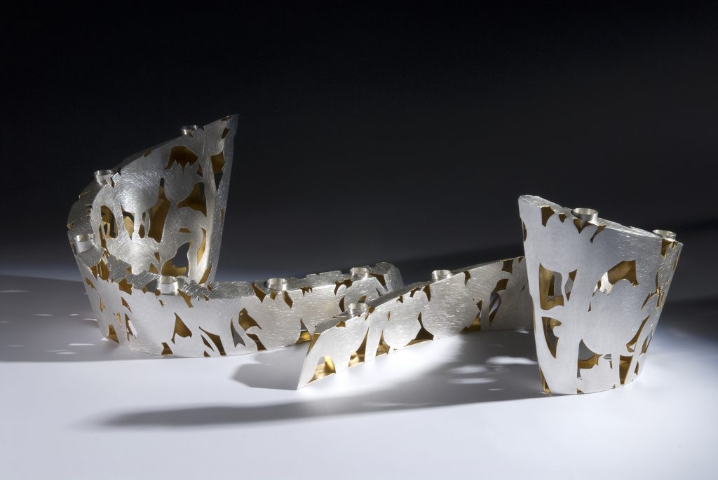 Zilveren tulpen  kandelaars met vergulde binnenkant